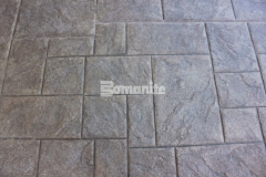 The Bomanite Bomacron Medium Ashlar Slate pattern has an English slate texture that will result in long lasting paving and flooring with minimal maintenance requirements and was perfect for the Tanger Outlets Fort Worth to provide a distinct stamped concrete hardscape.
